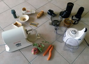 Test Entsafter Einzelteile: Champion und Kuvings Whole Slow Juicer B6000